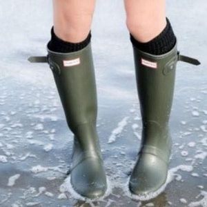 Huntress Rain Boots SZ-6 green Army